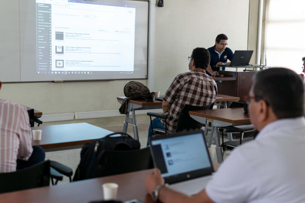 "Mini-cursos Blackboard "" Cómo publicar materiales de estudio"""
